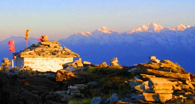 Chopta Chandrashila Summit Trek Winter Trekking Tour
