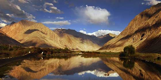Ladakh tour packages, Ladakh holiday packages, holidays