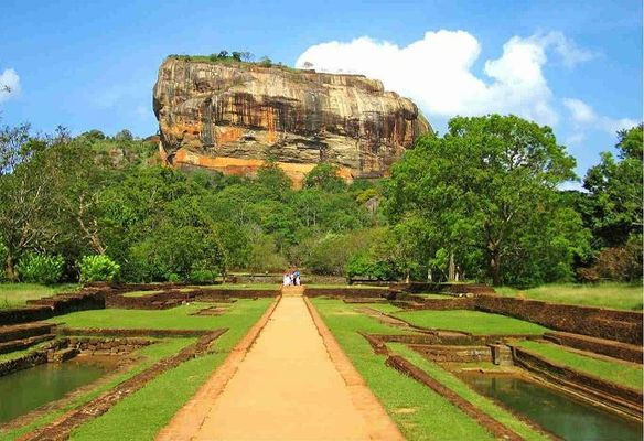 Sigiriya Tour Package