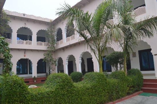 Hotel Kiran Villa Palace Bharatpur