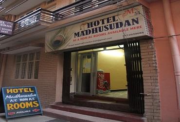 Hotel Madhusudan  Rishikesh