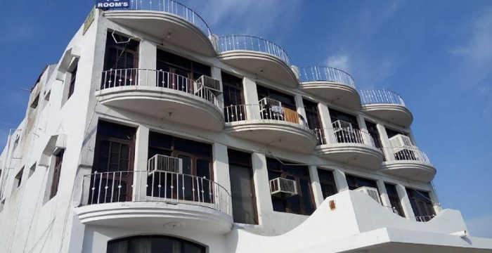 Yamini Guest House & Restaurant Baddi